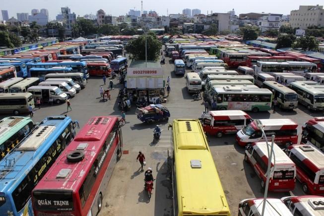 Giá xăng dầu giảm liên tiếp, giá vé ô tô vẫn tăng