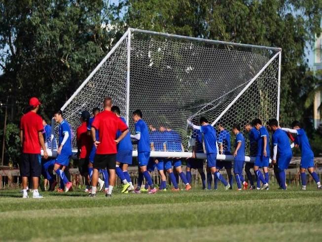 AFF Cup 2016: Nắng TP.HCM… không xi nhê như ở Yangon