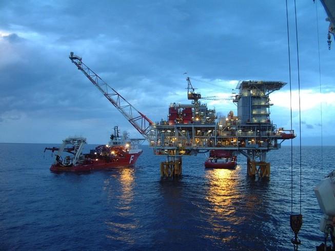 Bộ Công Thương xin hàng loạt ưu đãi cho than, dầu khí