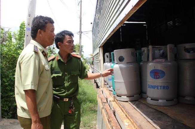Lại tranh cãi về 'cởi trói' kinh doanh gas