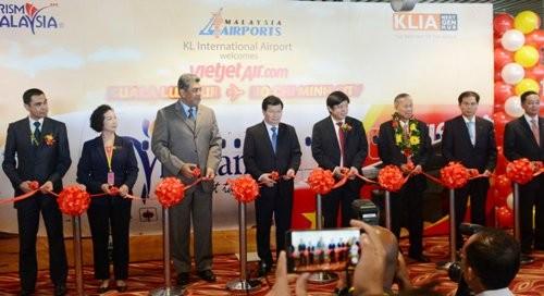 Khai trương đường bay TP.HCM - Kuala Lumpur