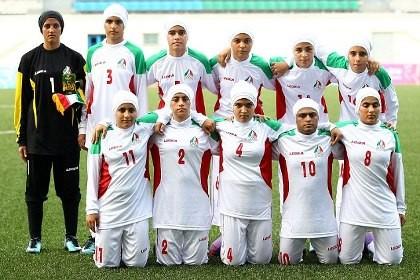 Hơn nửa đội tuyển bóng đá nữ Iran là nam chưa chuyển giới