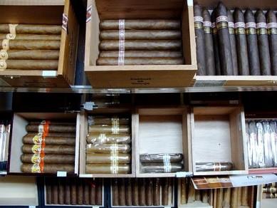 Hai nhà ngoại giao Triều Tiên bị bắt khi đang buôn lậu xì gà ở Brazil