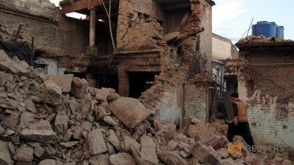 Thảm họa động đất Nam Á: Số người chết gần 300 người