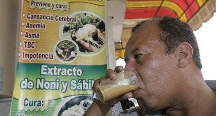 Dân Peru uống sinh tố ếch để tăng cường 'chuyện chăn gối'