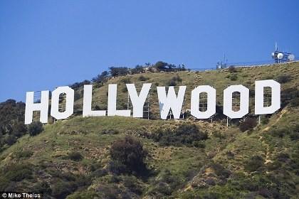 Rúng động tài tử Hollywood lây HIV cho hàng loạt phụ nữ