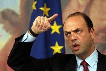 Bộ trưởng Nội vụ Ý bị mafia dọa tấn công