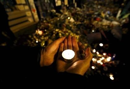 Chùm ảnh: Pháp tưởng niệm một tuần lễ sau đêm định mệnh 13-11