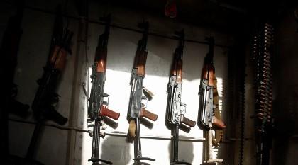 Đức bắt kẻ bán vũ khí cho các tay súng tấn công Paris