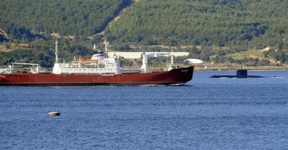 Tàu hải quân Nga chạm mặt tàu ngầm Thổ Nhĩ Kỳ
