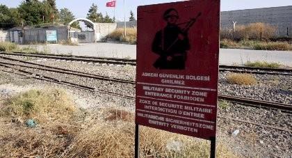 Thổ Nhĩ Kỳ cho xây bức tường 82 km dọc biên giới Syria?