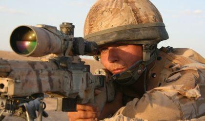'Siêu xạ thủ' tiêu diệt năm tên khủng bố IS chỉ với ba phát đạn