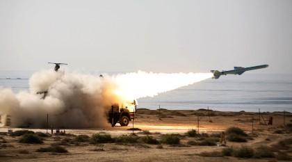 Iran sẽ phát triển tên lửa tầm xa 5.000 km nếu bị Mỹ trừng phạt