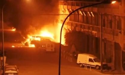 Đột kích khách sạn ở Burkina Faso, giải cứu 63 con tin