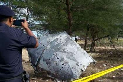 Phát hiện mảnh vỡ máy bay nghi của MH370 tại Malaysia