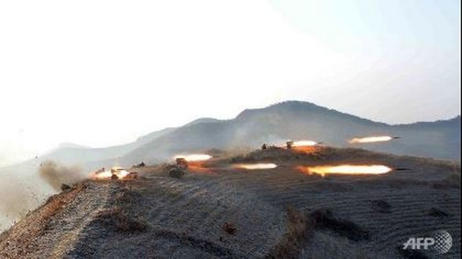 Triều Tiên phóng ngay tên lửa ra biển sau khi 'bị phạt'