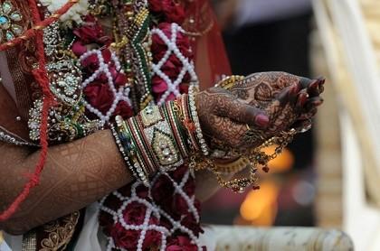 Cô gái Ấn Độ bị thiêu sống vì lấy chồng khác địa vị