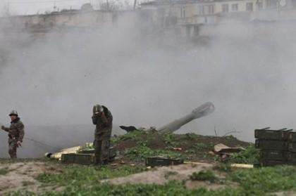 Chiến sự giữa Azerbaijan và Armenia tiếp tục căng thẳng