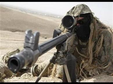 Lính bắn tỉa 62 tuổi diệt hơn 170 chiến binh IS