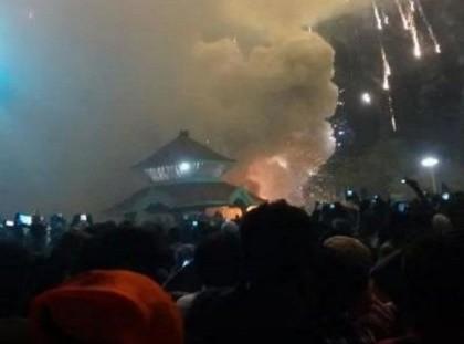 Cháy đền thờ ở Ấn Độ: Số người chết lên đến 110 người