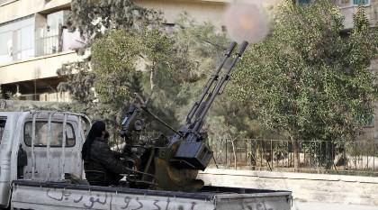 Gần 10.000 phiến quân đang bao vây Aleppo, Syria