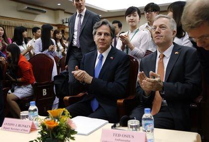 Thứ trưởng Ngoại giao Mỹ 'hoài nghi về mục đích của Trung Quốc'