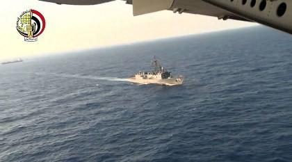 Tìm thấy mảnh vỡ và hành lý của máy bay Ai Cập mất tích