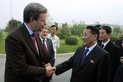 Đại sứ hạt nhân Triều Tiên qua đời vì ung thư
