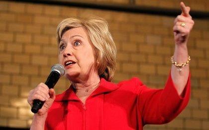 Video bà Hillary Clinton 'nói dối suốt 13 phút' gây sốt