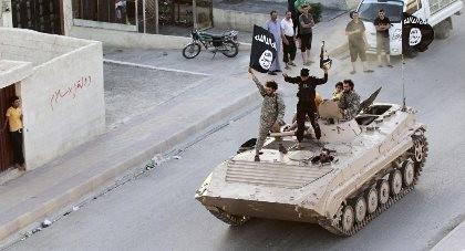 IS cấm người dân rời Raqqa do lo ngại người Kurd tấn công