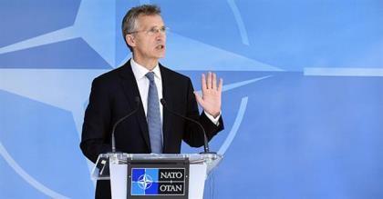 NATO yêu cầu Nga rút quân, thiết bị quân sự khỏi Ukraine