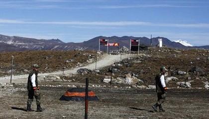 Quân đội Ấn Độ và Trung Quốc liên tiếp đụng độ tại biên giới