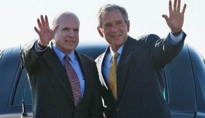 Ông George Bush tái xuất 'giải nguy' cho đảng Cộng hòa
