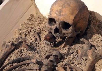 Khám phá bộ xương 'ma cà rồng' cách đây 500 năm