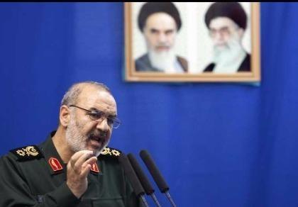 Iran tuyên bố chuẩn bị 100.000 tên lửa tấn công Israel
