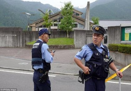 Kinh hoàng: Tấn công bằng dao ở Nhật, 19 người chết