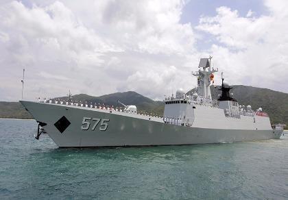300 tàu chiến Trung Quốc tập trận bắn đạn thật ở Hoa Đông