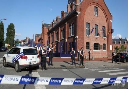 Tấn công bằng dao ở Bỉ, 2 nữ cảnh sát bị thương