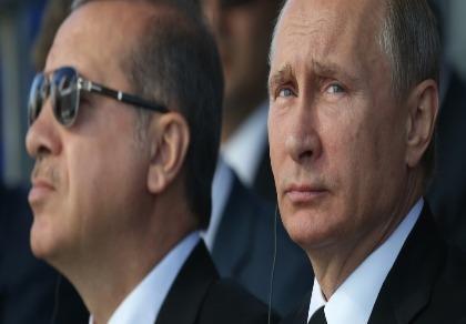 Bề ngoài vui cười, Nga-Thổ vẫn đấu đá rất quyết liệt