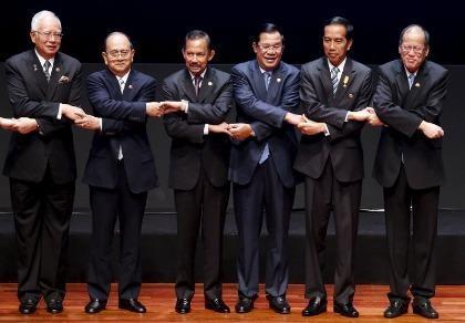 Campuchia ra mặt ủng hộ Trung Quốc