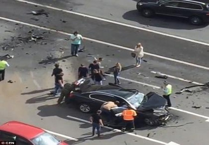 Xe của Tổng thống Putin bị đâm, tài xế thiệt mạng