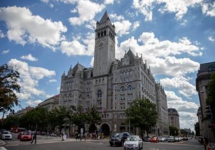 Ông Trump xây khách sạn sang trọng gần sát Nhà Trắng