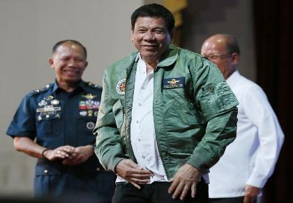 Philippines muốn chấm dứt tuần tra chung biển Đông với Mỹ