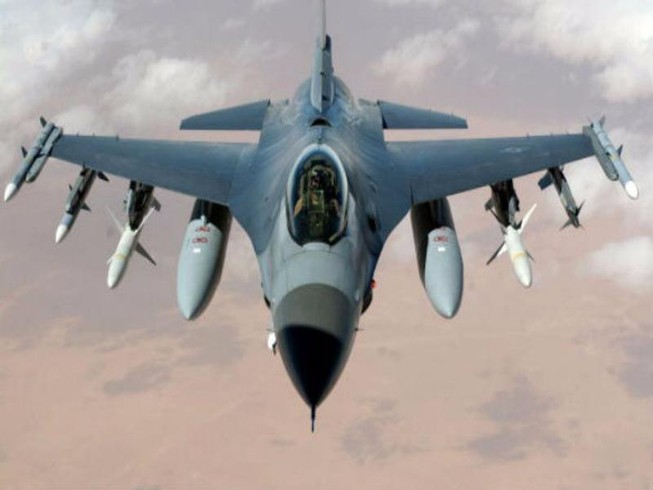 Mỹ không kích Syria làm chết 62 binh sĩ, LHQ họp khẩn