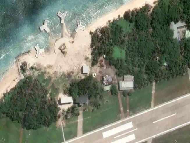 Xuất hiện 4 cấu trúc lạ trên đảo Ba Bình
