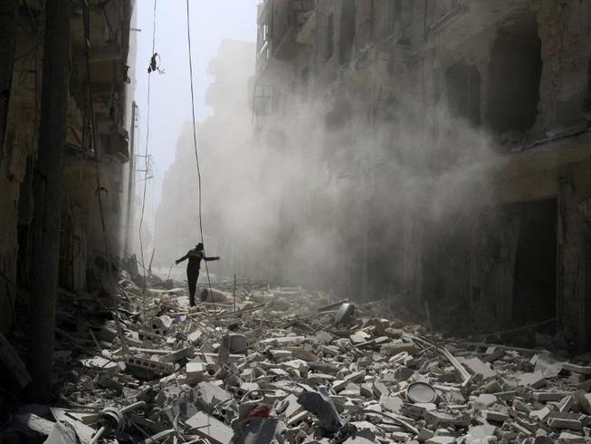 Phe nổi dậy đầu hàng, quân đội Syria sẽ chừa đường sống