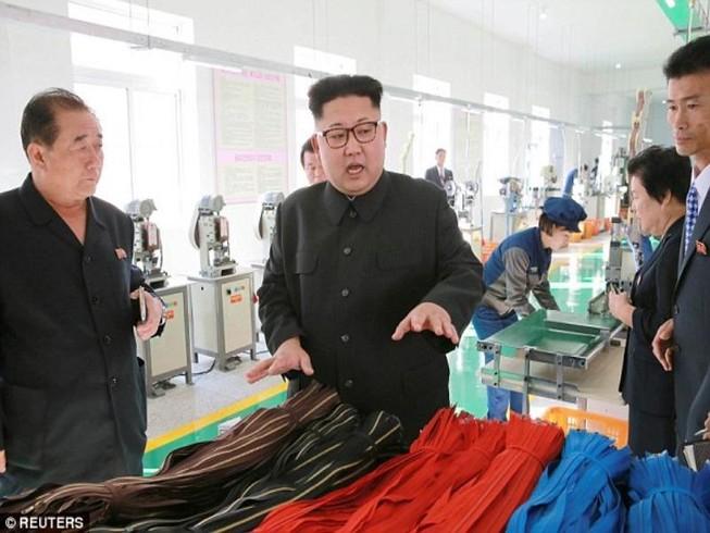 Kim Jong-un vắng mặt bất thường do vấn đề sức khỏe?