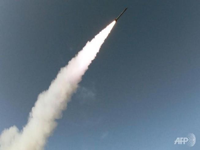 Triều Tiên liên tiếp 2 lần phóng tên lửa thất bại