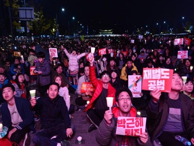Thêm 500.000 người biểu tình tổng thống Hàn Quốc