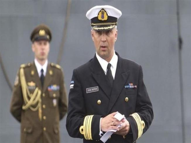Tàu NATO bị phát hiện vận chuyển rượu, thuốc lá lậu